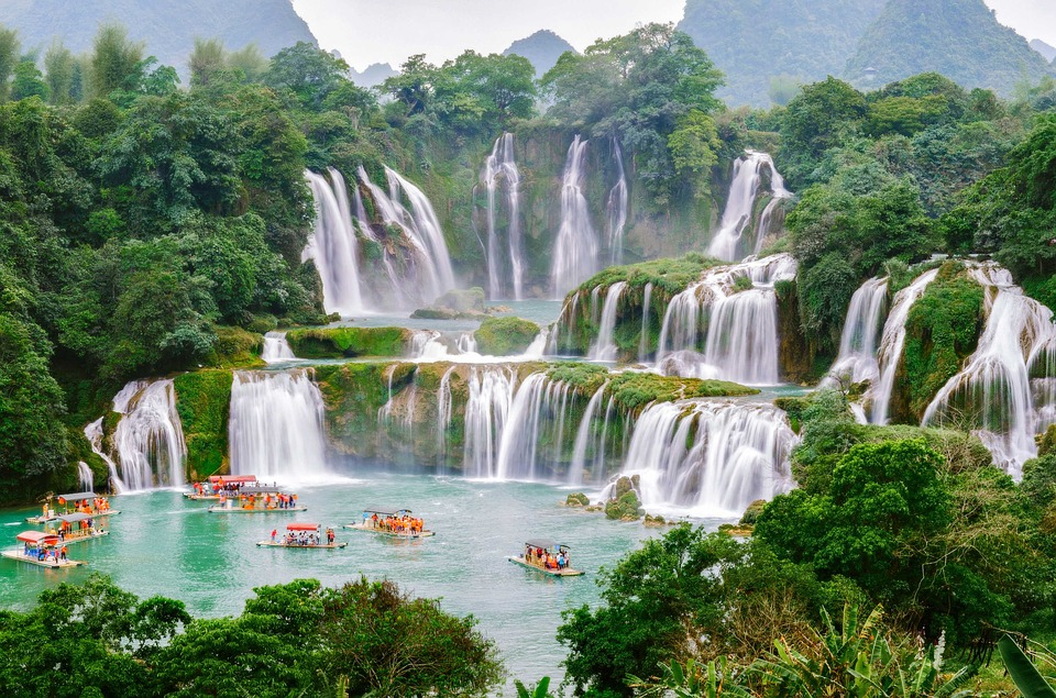 BA BE LAKE - BAN GIOC WATERFALL (3 days - 2 nights)